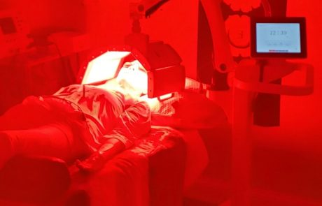 red-led-light-with-biomat-therapy-2-rejuvenate-528-medical-spa-sarasota